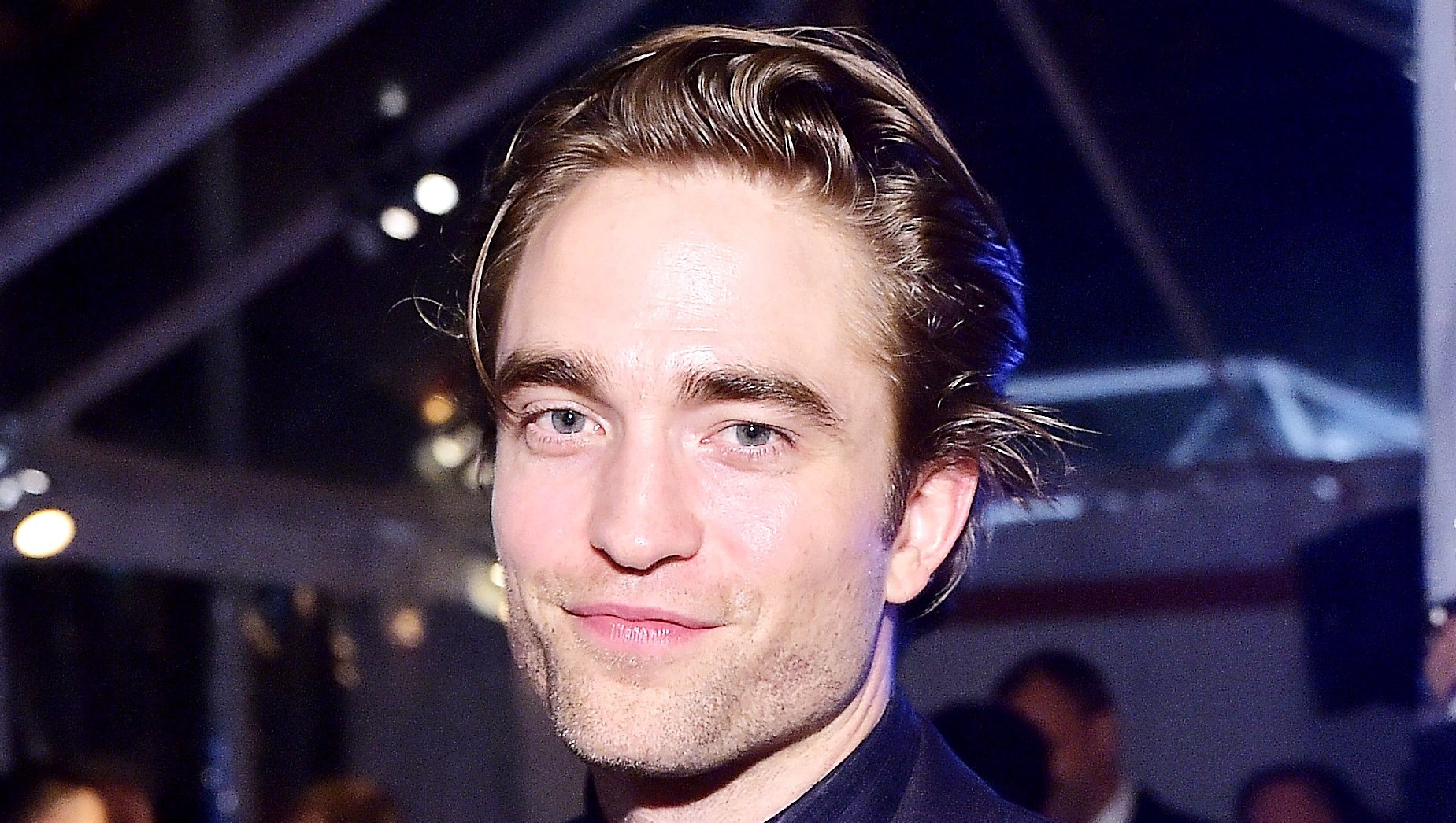 Robert Pattinson Celebrates Birthday Twilight Costars