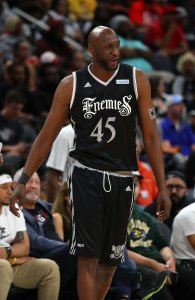 Lamar Odom Returns to Professional Basketball Three Years After Overdose