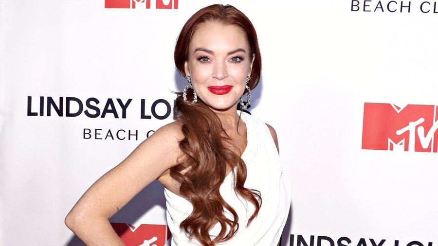 Lindsay Lohan Celebrates Her 33rd Birthday With Completely Nude Mirror Selfie