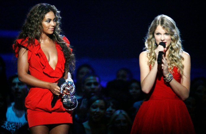 Beyonce Cried After Kanye West Interrupted Taylor Swift's 2009 VMAs Speech
