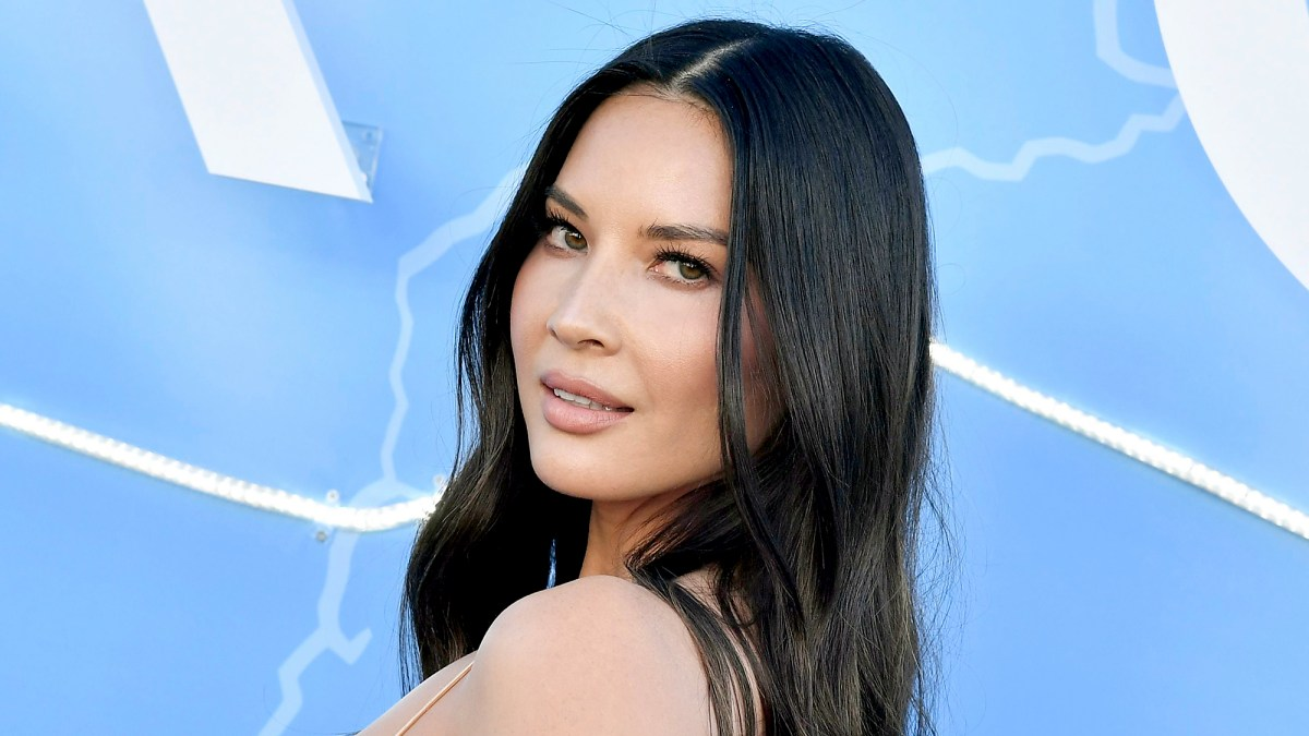 Olivia Munn Responds to Praise for Showing Cellulite: 'It's Not Gonna Stop Me From Posting a Pic'