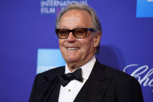 https://www.usmagazine.com/wp content/uploads/2019/08/Peter Fonda Dead