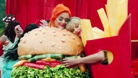 Stars Who Have Called Truces With Food Taylor Swift and Katy Perry