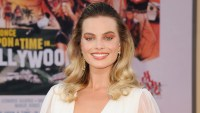 margot robbie at the onece upon a time in hollywood movie premiere