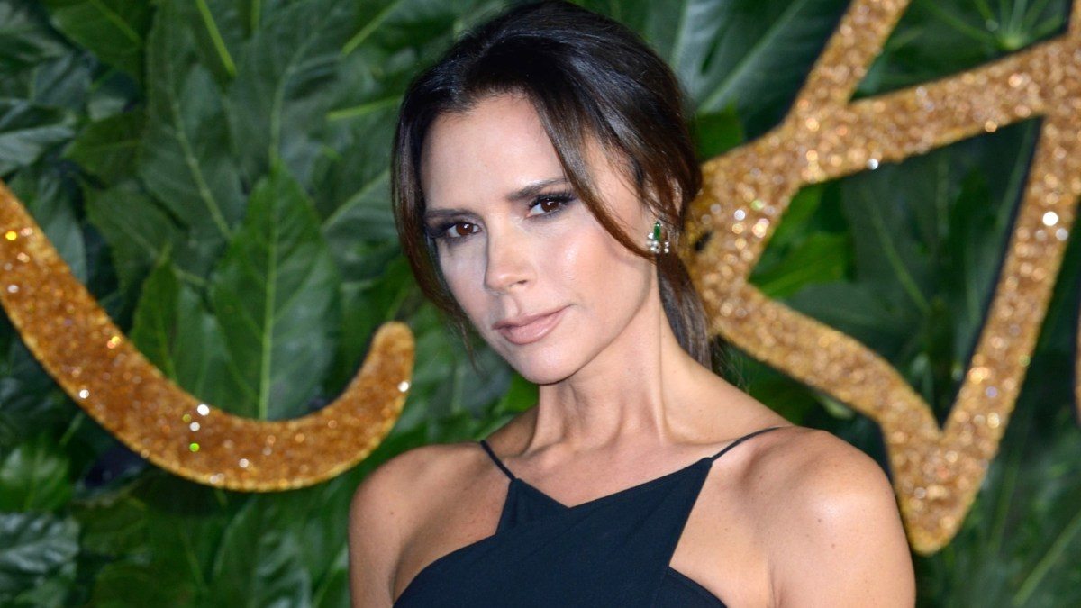 Victoria Beckham Uses This Must-Have Scrub for Perfectly Polished Skin