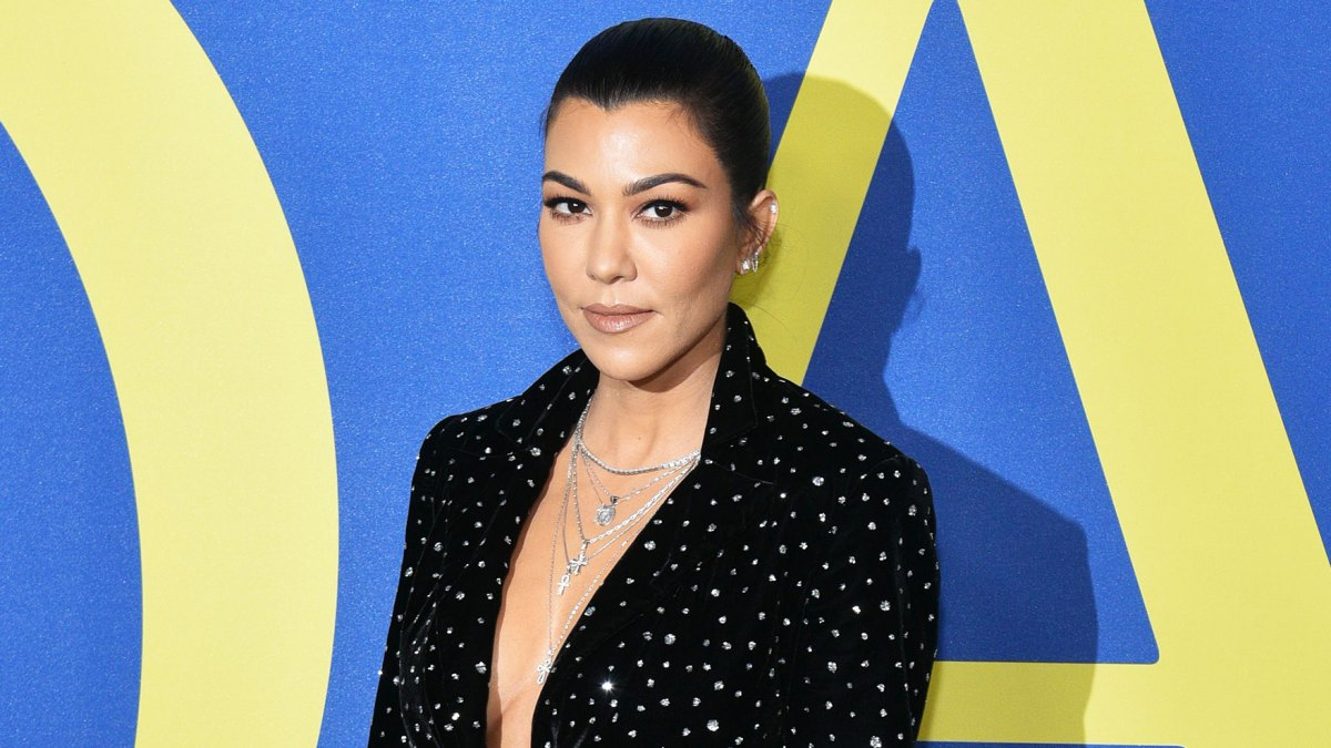 'Keeping Up With the Kardashians' Recap: Kourtney Kardashian Slapped Her Nannies as a Child