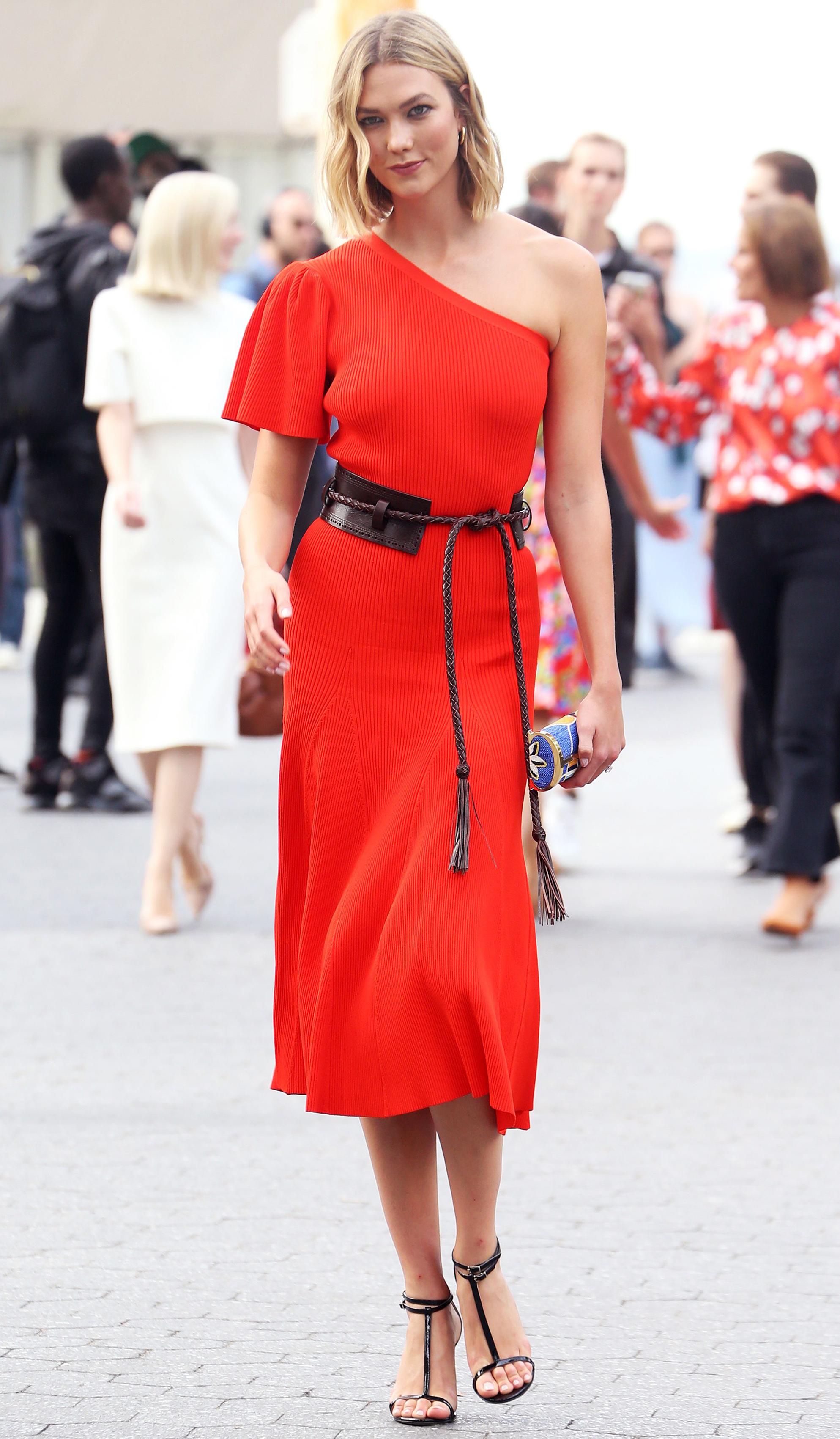 https://www.usmagazine.com/wp content/uploads/2019/09/NYFW Style Karlie