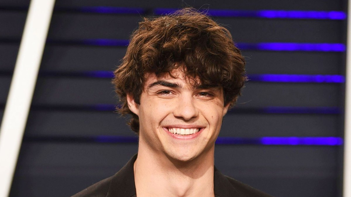 Noah Centineo Bleaches His Facial Hair Blonde and the World Isn't Ready for It