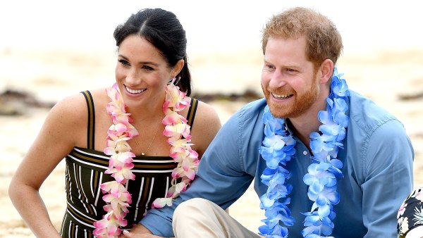 Prince-Harry-and-Duchess-Meghan's-Sweetest-PDA-Moments