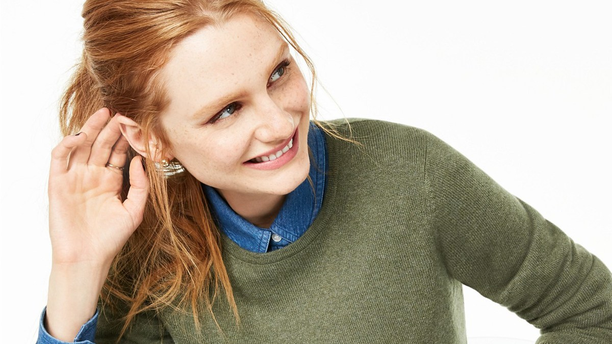 This 40% Off Cashmere Sweater With 1,000 Reviews Comes In So Many Stunning Colors