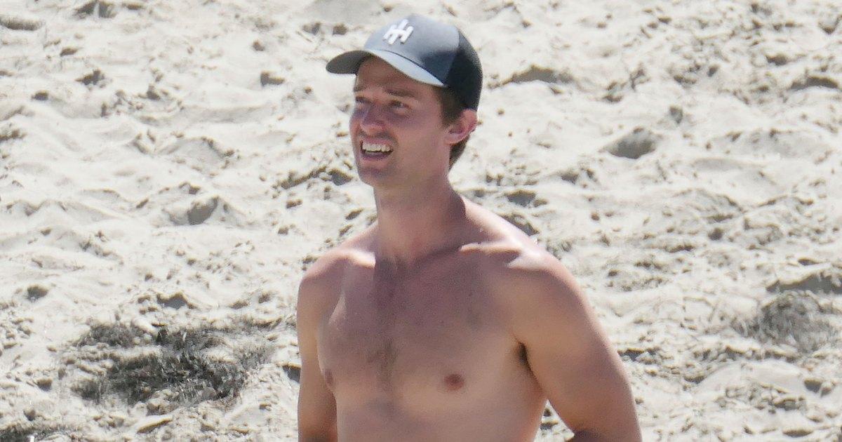 Without shirtless abs guys Ryan Gosling,