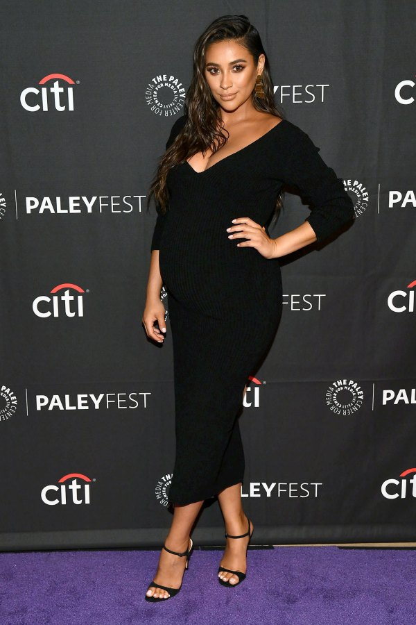 Shay Mitchell Gives Inside Look at Her Labor and Delivery on