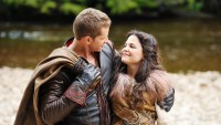 Josh-Dallas-Ginnifer-Goodwin-Once-Upon-A-Time