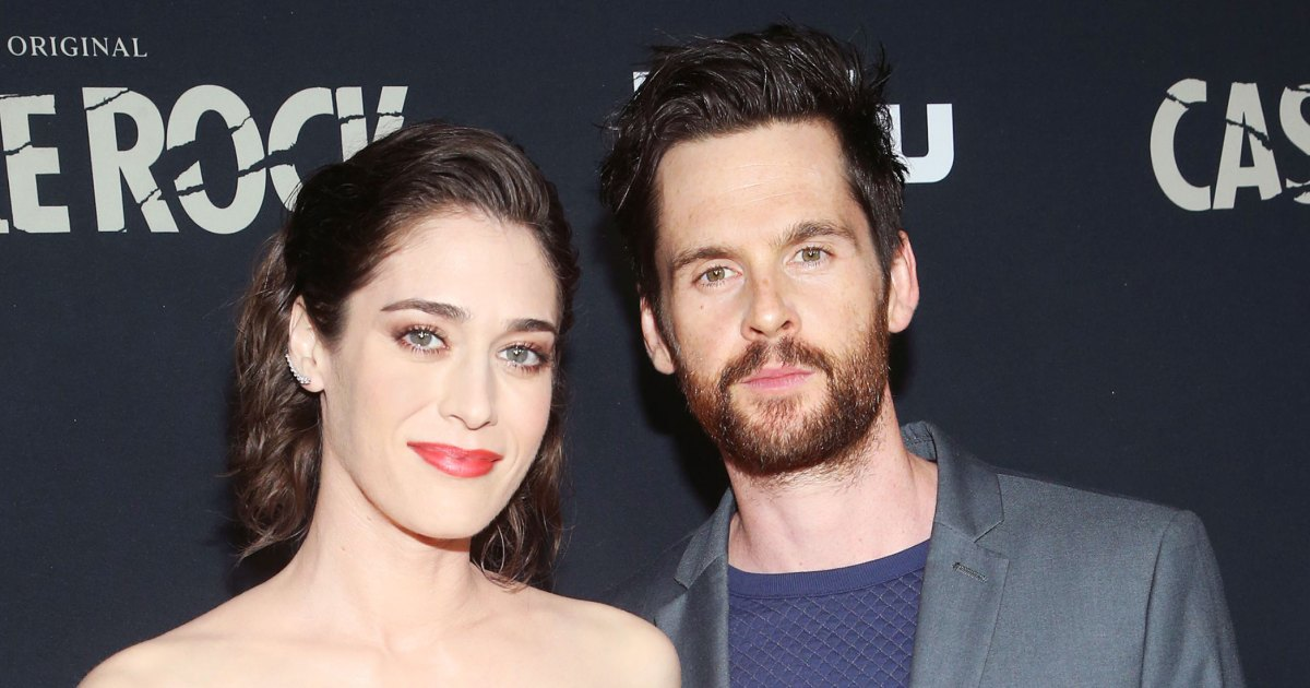 Lizzy Caplan Watched 'Mean Girls' for 1st Time in 15 Years With Husband Tom Riley - Us Weekly