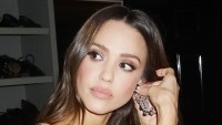Jessica Alba Golden GlobesAfter Party Getting Ready