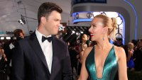 Scarlett Johansson Arrives With Colin Jost After Violent Illness SAG Awards 2020