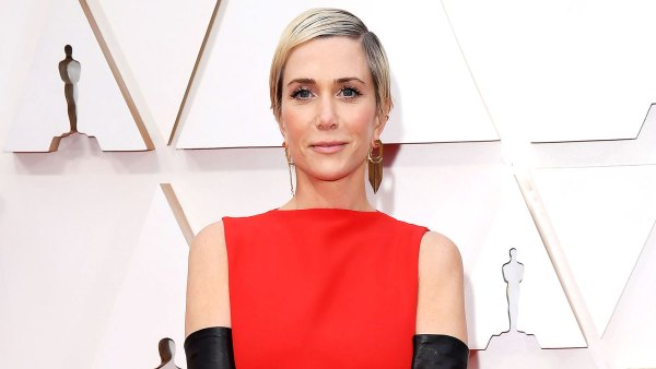 Kristen Wiig Downright Wacky Fashion on the Oscars 2020 Red Carpet