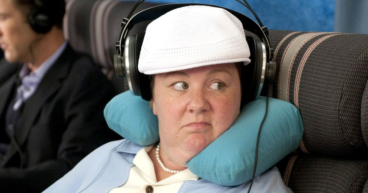 Melissa McCarthy Recreates 'Bridesmaids' Sofa Scene With Hilarious Gym Fail