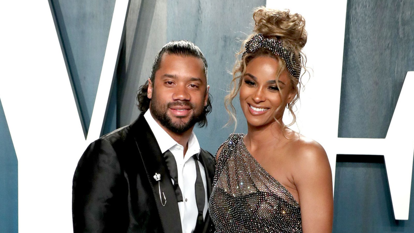Pregnant Ciara And Russell Wilson Post 1st Tiktok Video With Kids