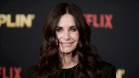 Courteney Cox Is Binge-Watching Friends