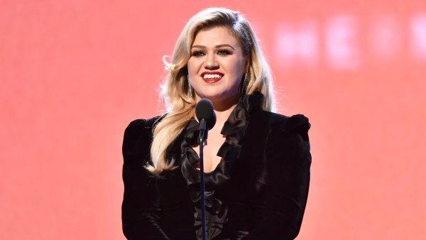 Kelly Clarkson Participates in Public Telethon Amid Brandon Blackstock Divorce