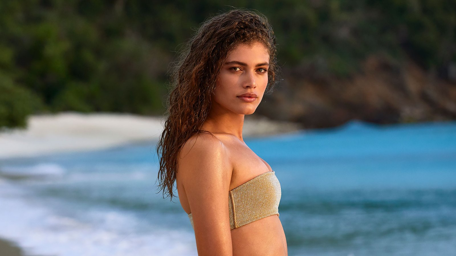 Valentina Sampaio Is Sports Illustrated Swimsuit S 1st Transgender Model