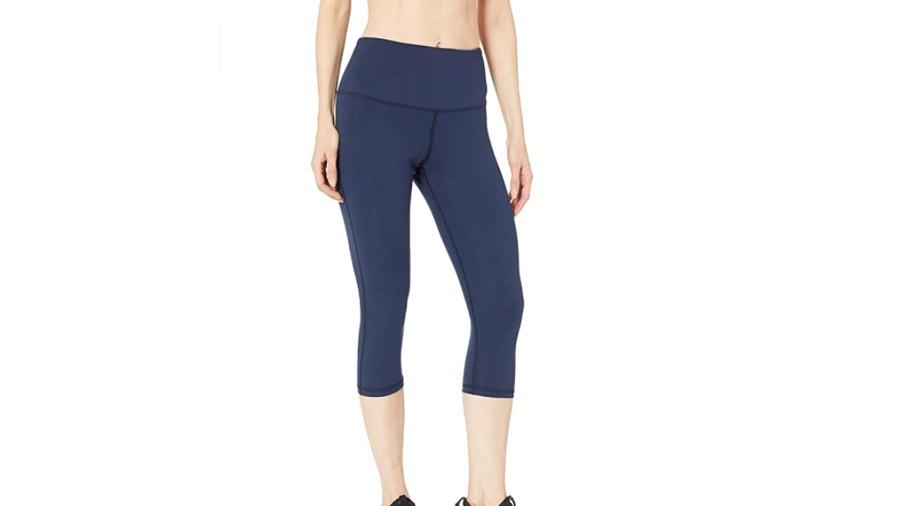 Amazon Essentials Women's Studio Sculpt High-Rise Capri Yoga Legging (Navy)