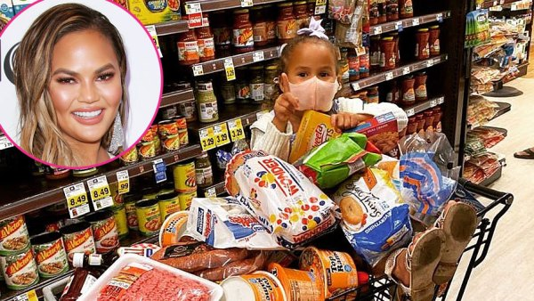 Chrissy Teigen and Luna Stephens Grocery Shopping