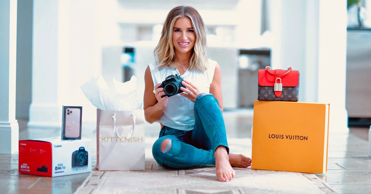 Jessie James Decker and Social Stance Partnered for a Chance to Win Style, Tech Goodies