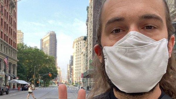 Jonathan Van Ness wearing mask