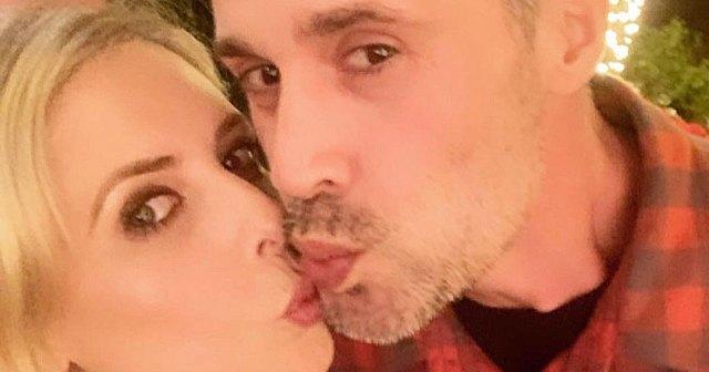 Sarah Michelle Gellar and Freddie Prinze Jr.'s Sweetest Moments Through the Years.jpg