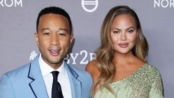 John Legend Praises 'Courageous' Wife Chrissy Teigen for Sharing Pregnancy Loss
