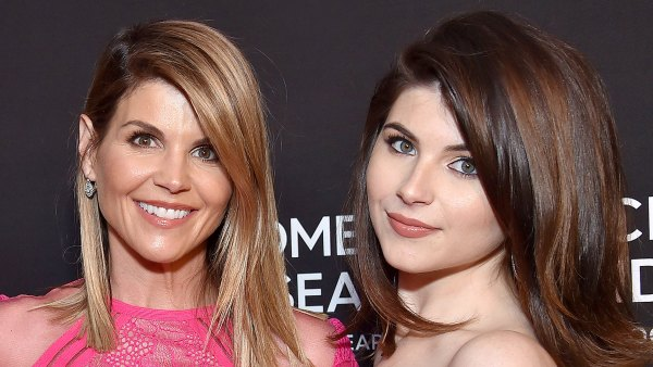 Lori Loughlin Daughter Bella Seen Luxury Resort While Parents Are Jail