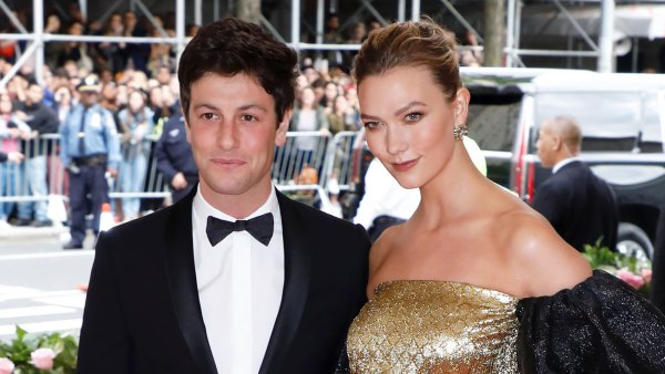 Pregnant Karlie Kloss Cradles Baby Bump Ahead of 1st Child With Joshua Kushner