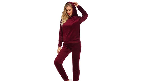HOTOUCH Women's Velour Long Sleeve Hoodie and Pants Velour Sweat Suit