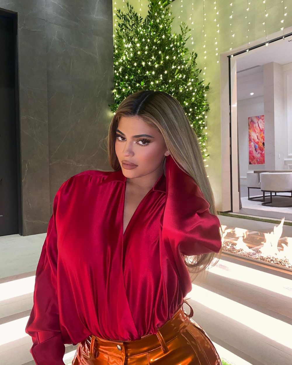 Kylie, Khloe and More Reveal Kardashian-Jenners' Holiday Decorations of 2020