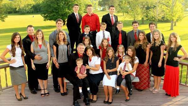 Bringing Up Bates family
