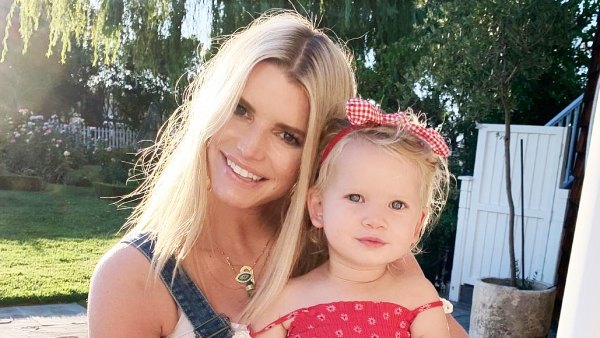 Jessica Simpson Didnt Show Friends Pics Holding Daughter Birdie Due to Eczema Flare-Up