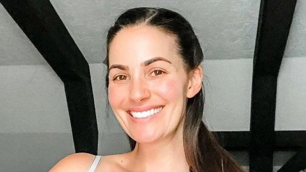 Celeb Moms Share Breast-Feeding Pictures Liz Sandoz