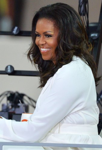 Michelle Obama's Makeup-Free Selfie Is a Thing of Beauty