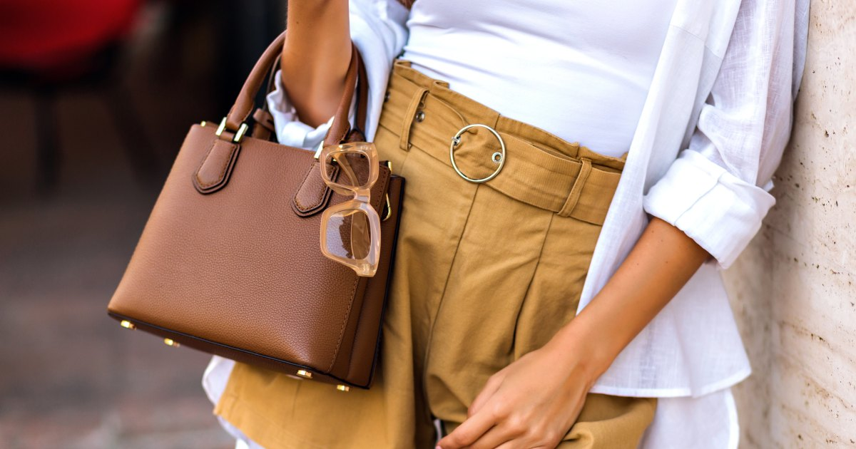 Our Picks: The 10 Best Women's Purses & Handbags Under $200