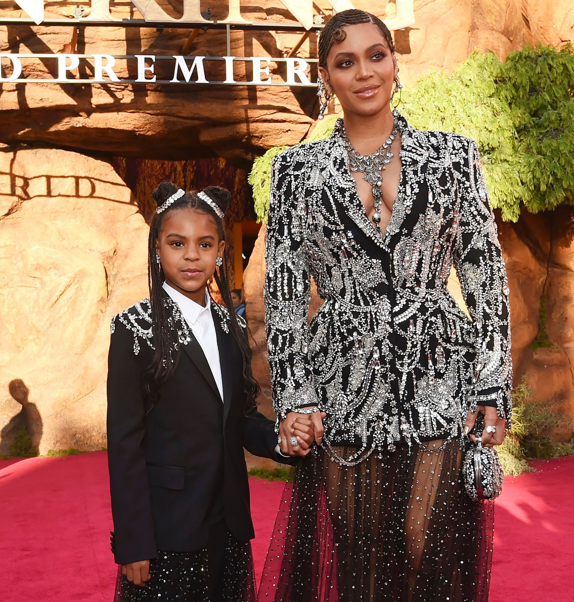 blue ivy carter looks just like beyonce