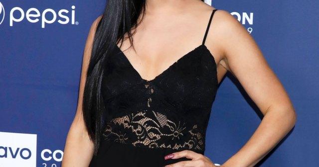 Vanderpump Rules' Scheana Shay's Best Clapbacks for Mom-Shaming Trolls: 'Just Stop'.jpg