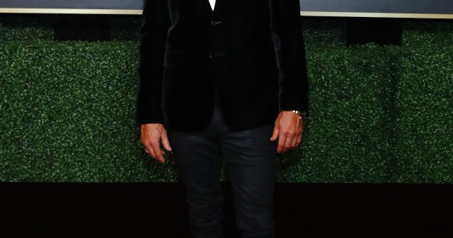 9 Hottest Hunks in Suits and Tuxes on the Golden Globes 2021 Red Carpet.jpg