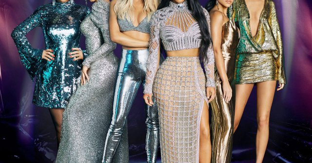Kardashian Family Is 'Fond' of Kendall Jenner's Boyfriend Devin Booker: 'They Just Want Her to Be Happy'.jpg