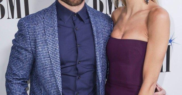 Bachelor's Lauren Bushnell Gives Birth, Welcomes 1st Child With Husband Chris Lane.jpg
