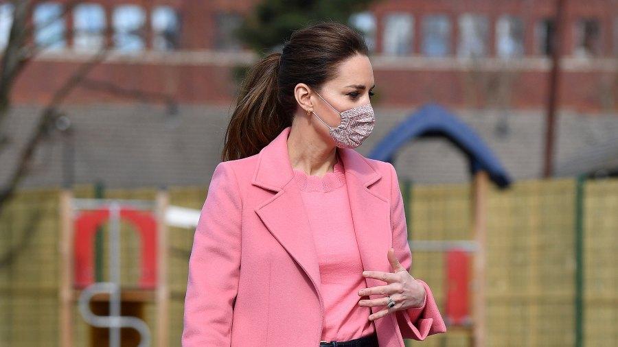 duchess-kate-middleton-pink