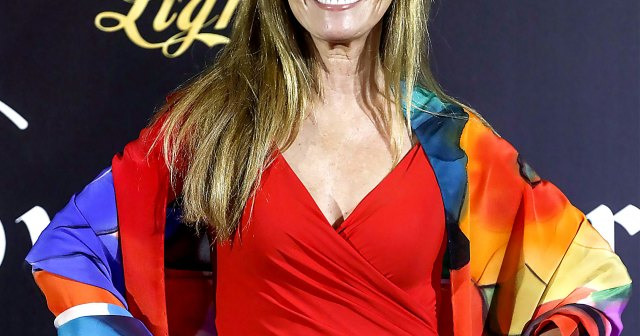 Jane Seymour: 25 Things You Don't Know About Me ('I Lost My 1st Film Role Because My Eyes Were 2 Colors').jpg