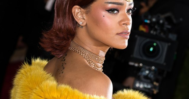 Rihanna's Best Haircuts and Colors Through the Years: From Blonde Curls to Black Pixies.jpg