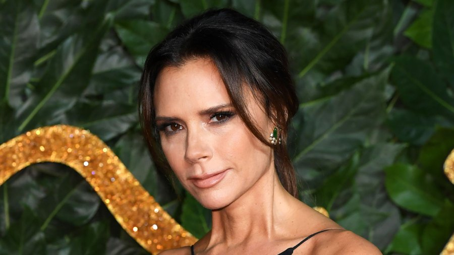 Victoria Beckham Swears This Bronzer Hack Gives the Ultimate Sun-Kissed Glow